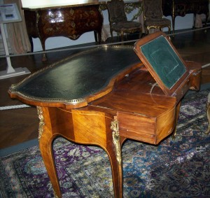 writing table furniture