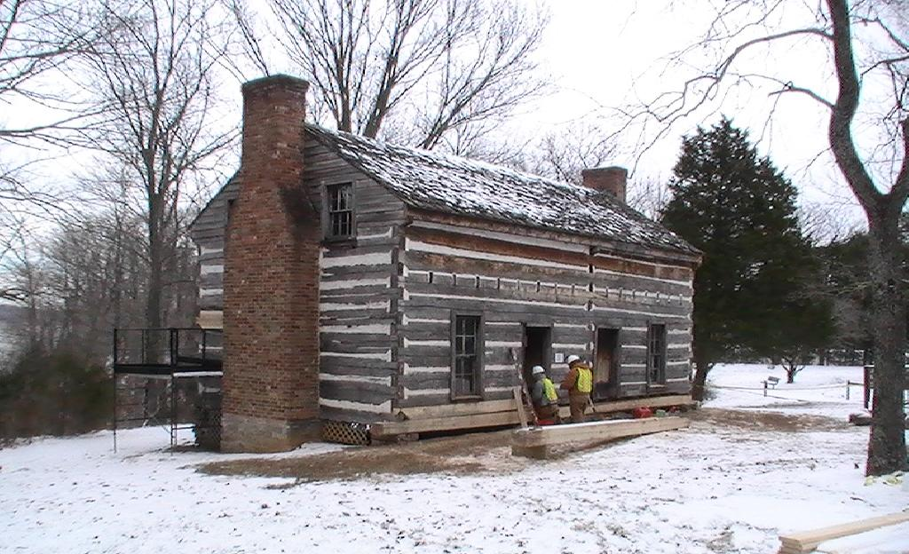Class in Log Cabin Repair and Restoration